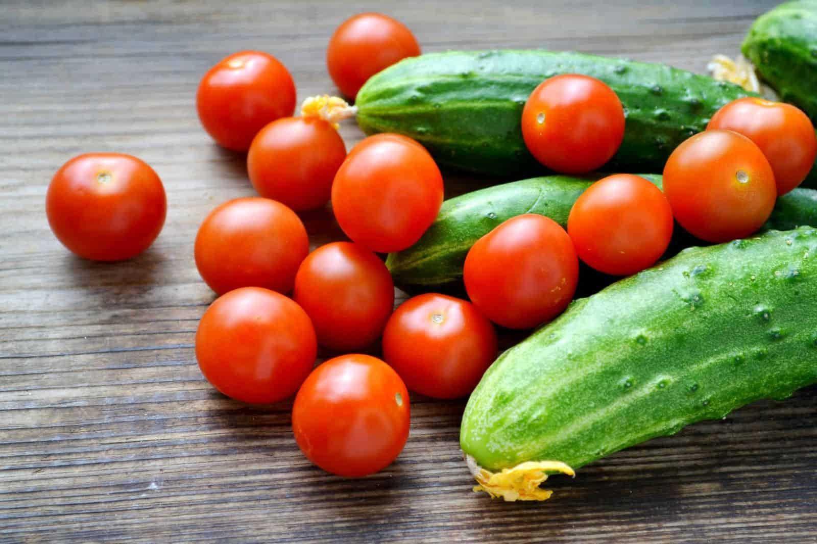Удобрения для помидор и огурцов